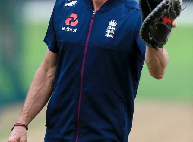 England wicketkeeping coach Bruce French has announced his retirement.