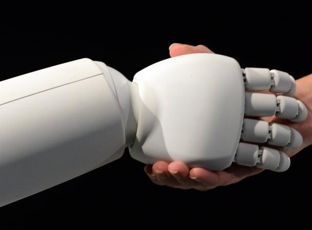 Robot and human hands