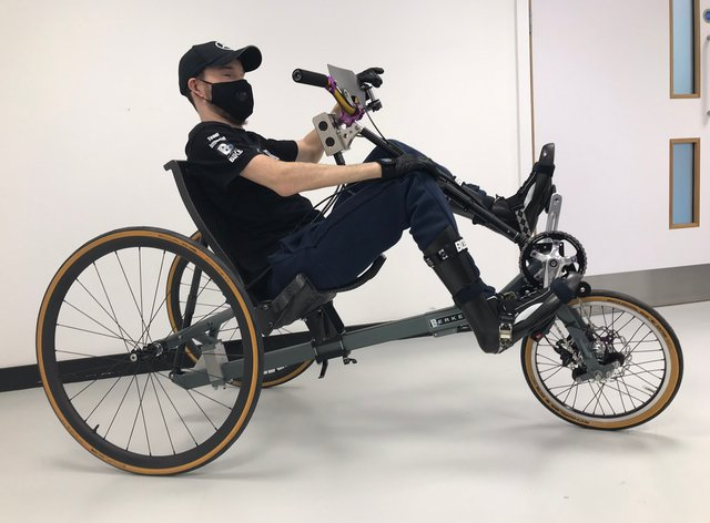 Johnny Beer on his bike
