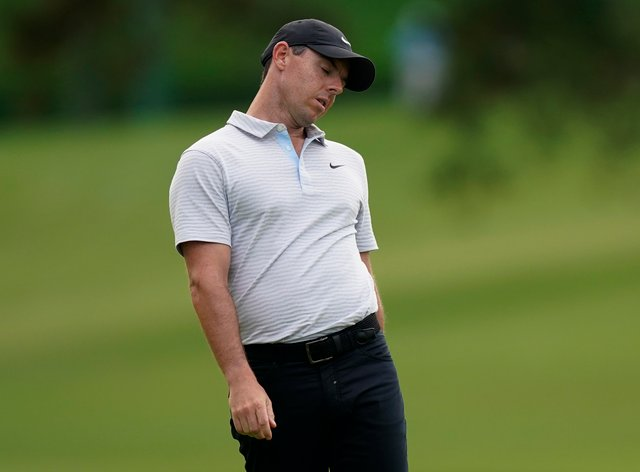 <p>McIlroy struggled on the opening day of the Masters</p>
