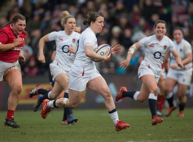 <p>England Rugby's Katy Daley-Mclean (centre) will captain the side at the weekend</p>