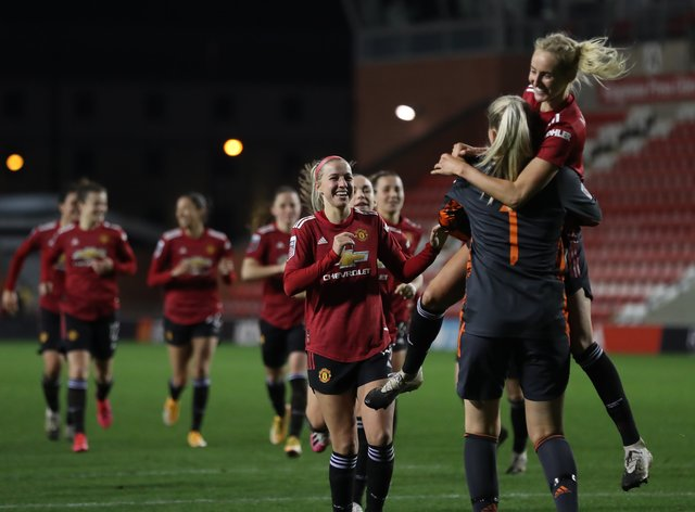 <p>United won the penalty shoot-out but were still knocked out of the Conti Cup after just two games</p>