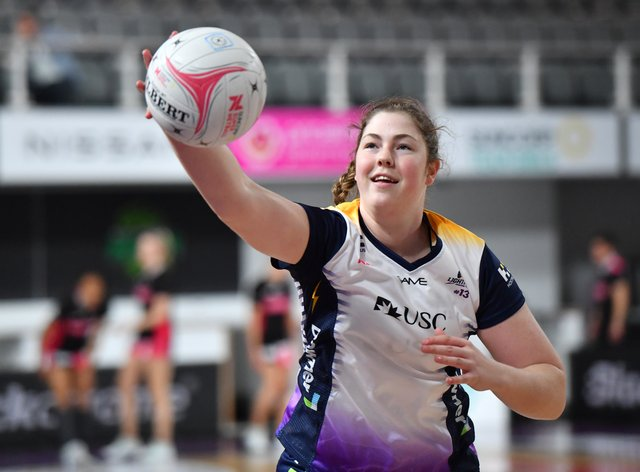 <p>Annika Lee-Jones to play in the VNSL</p>