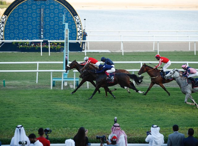 The line came just in time to give Simsir and Lee Newman glory in the Bahrain International Trophy