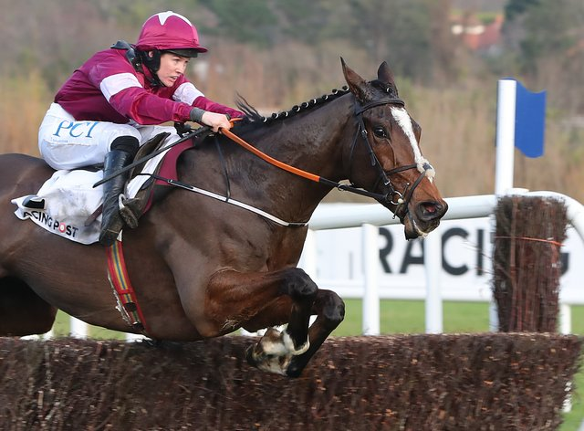 Notebook returned to winning ways at Naas