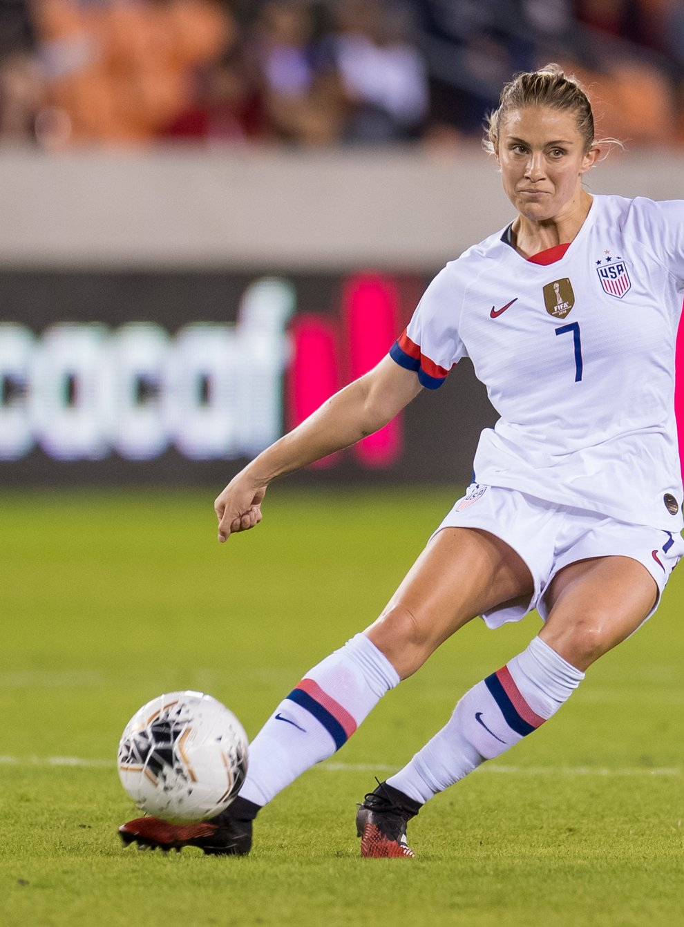 <p>Dahlkemper is reportedly moving to the Women's Super League</p>