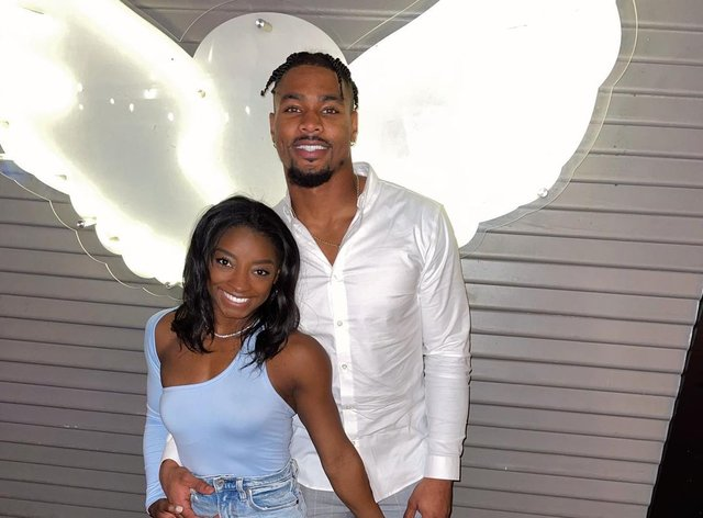 <p>Simone Biles and Jonathan Owens have been together since August</p>