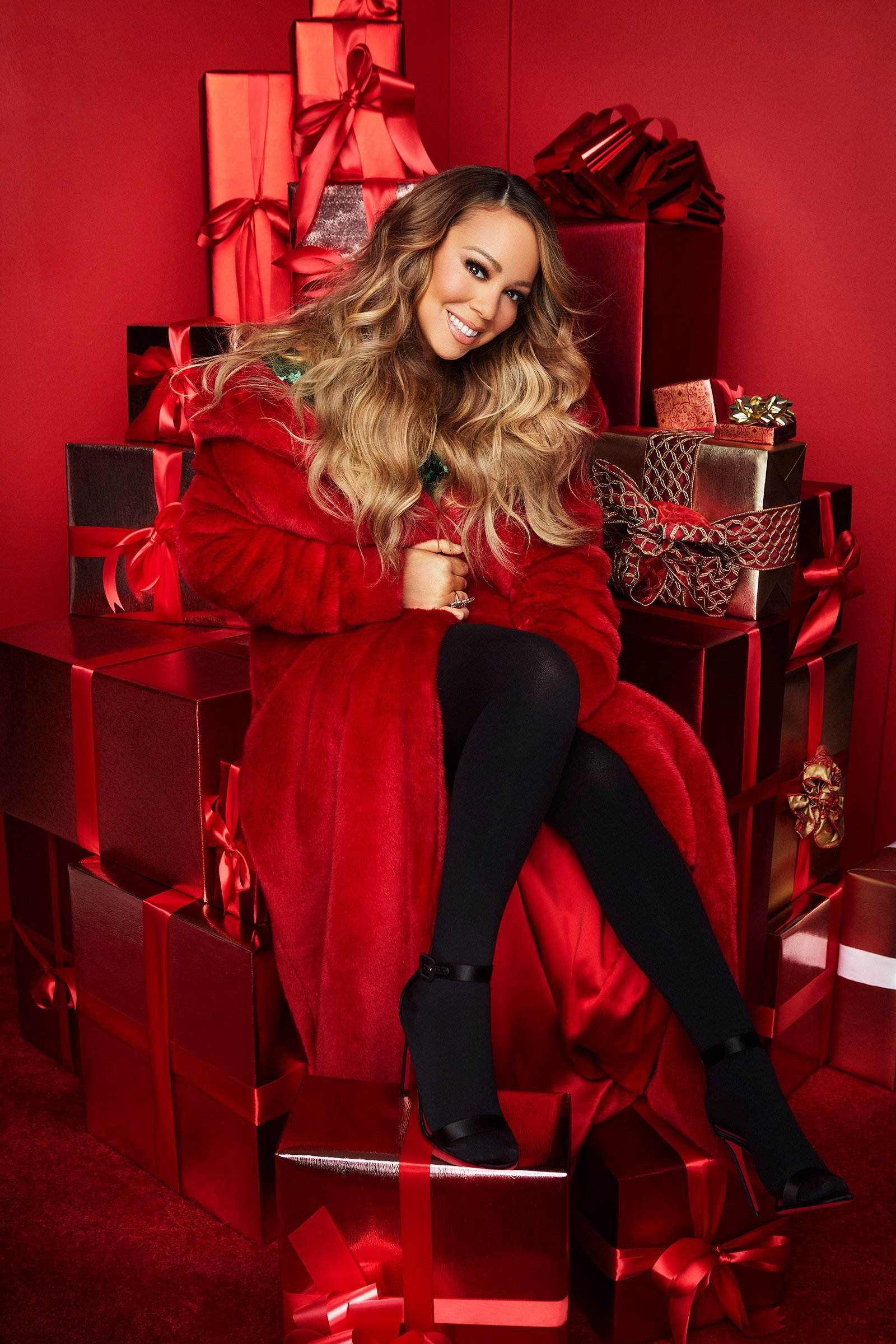 You can now spend New Year's Eve on a New York skyscraper – hosted by Mariah Carey | NewsChain