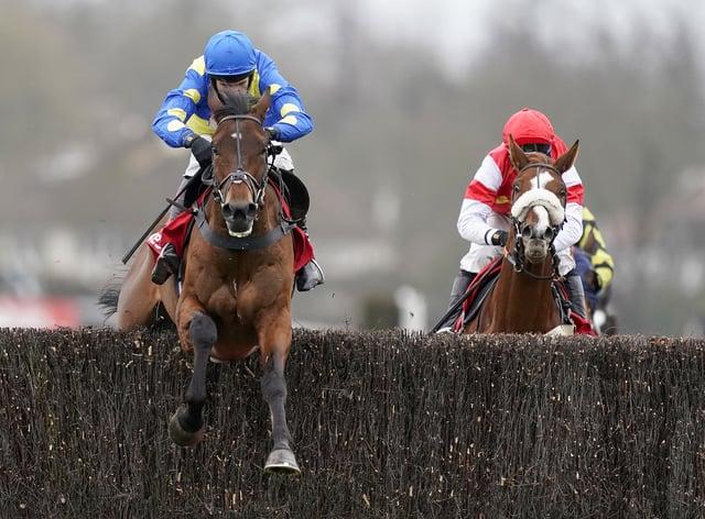 Harry Skelton and Shan Blue see off The Big Breakaway