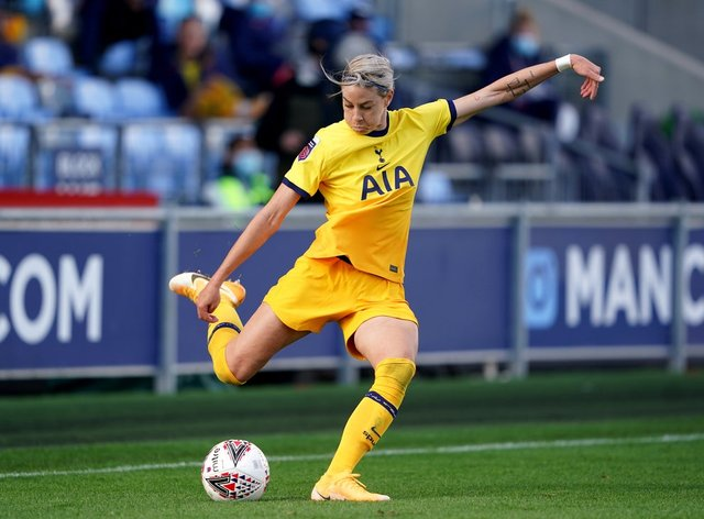 <p>Alanna Kennedy to remain at Spurs until the end of the season</p>