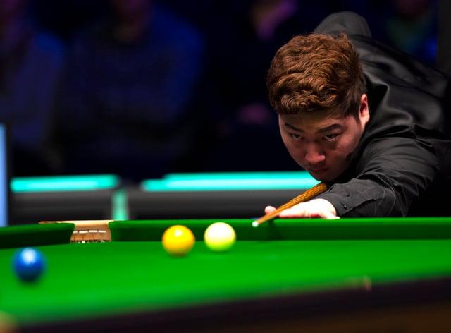 Yan Bingtao in action