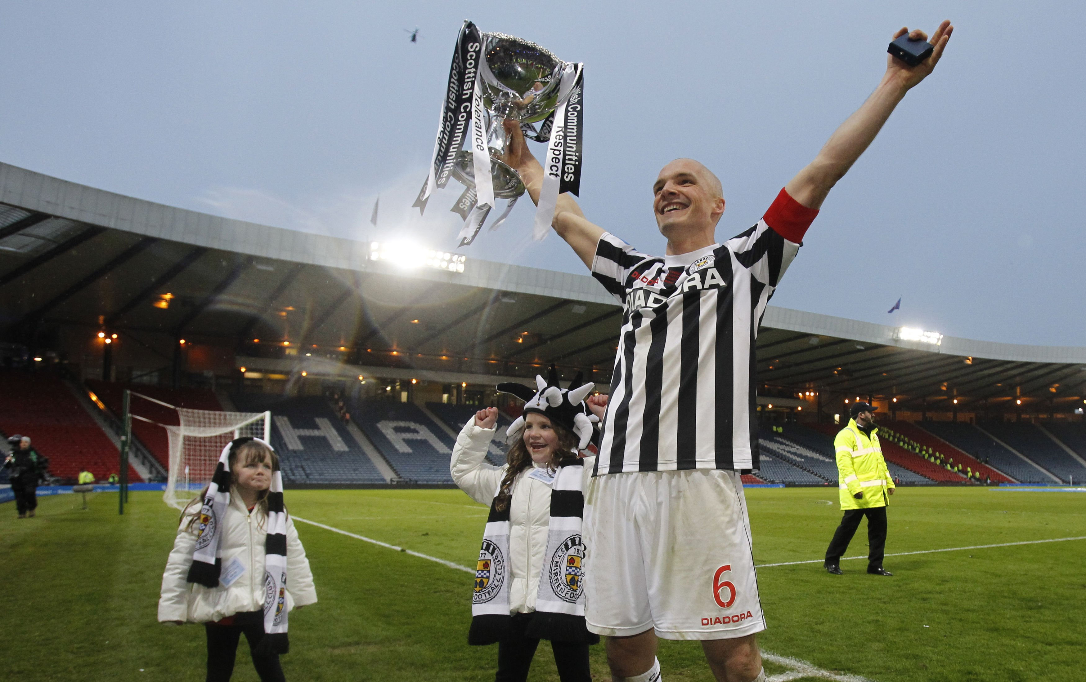 Jim Goodwin confident St Mirren can go 'all the way' in Betfred Cup
