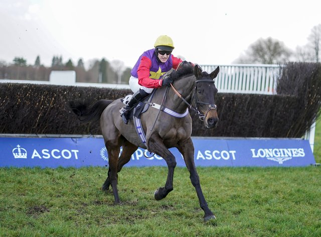 Matt Griffiths riding Dashel Drasher clear at Ascot
