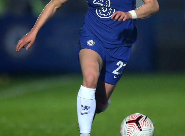 Niamh Charles in action for Chelsea
