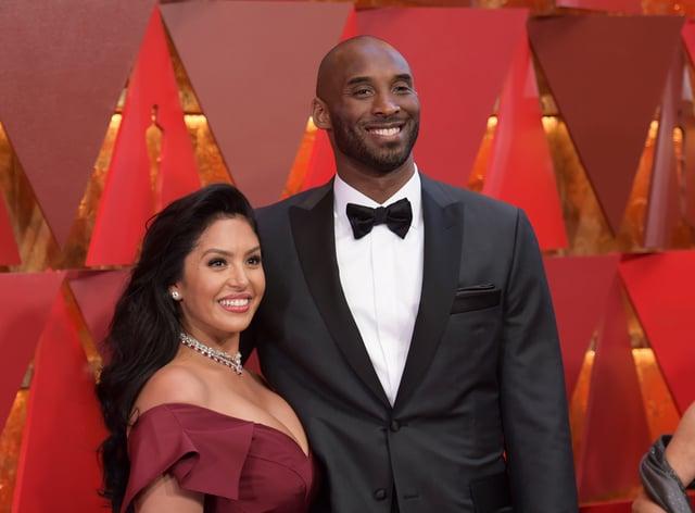 Vanessa and Kobe Bryant at an awards ceremony