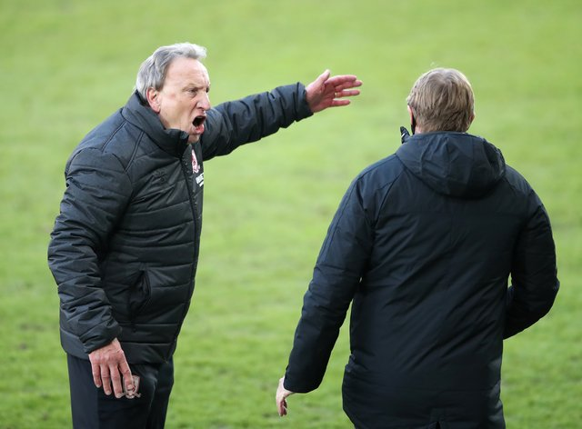 Neil Warnock appeals to fourth official Trevor Kettle