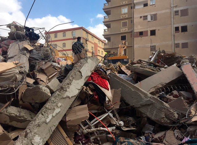 Collapsed building in Cairo