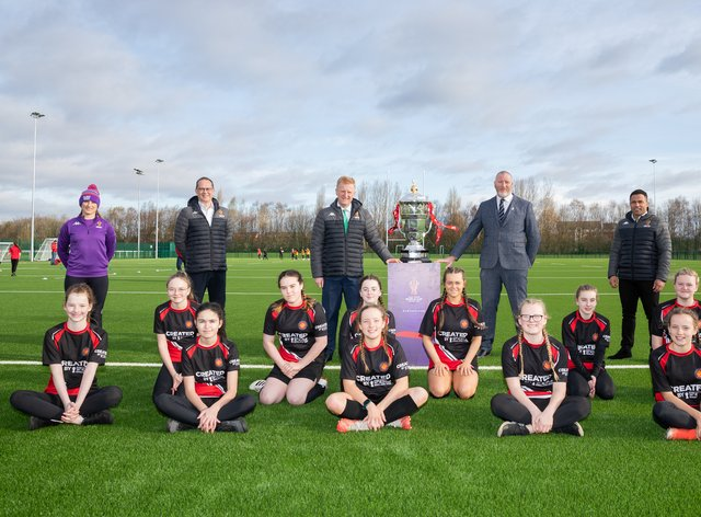 From L-R – Jodie Cunningham Jon Dutton Secretary of State for Digital Culture Media and Sport Oliver Dowden CBE Ralph Rimmer Jason Robinson and the Year 8 girls of C