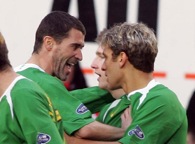 Former Celtic midfielder Stillian Petrov (right) says ex-team-mate Roy Keane will not have time to carry out a lengthy rebuild of the Parkhead job if he takes over the Hoops job