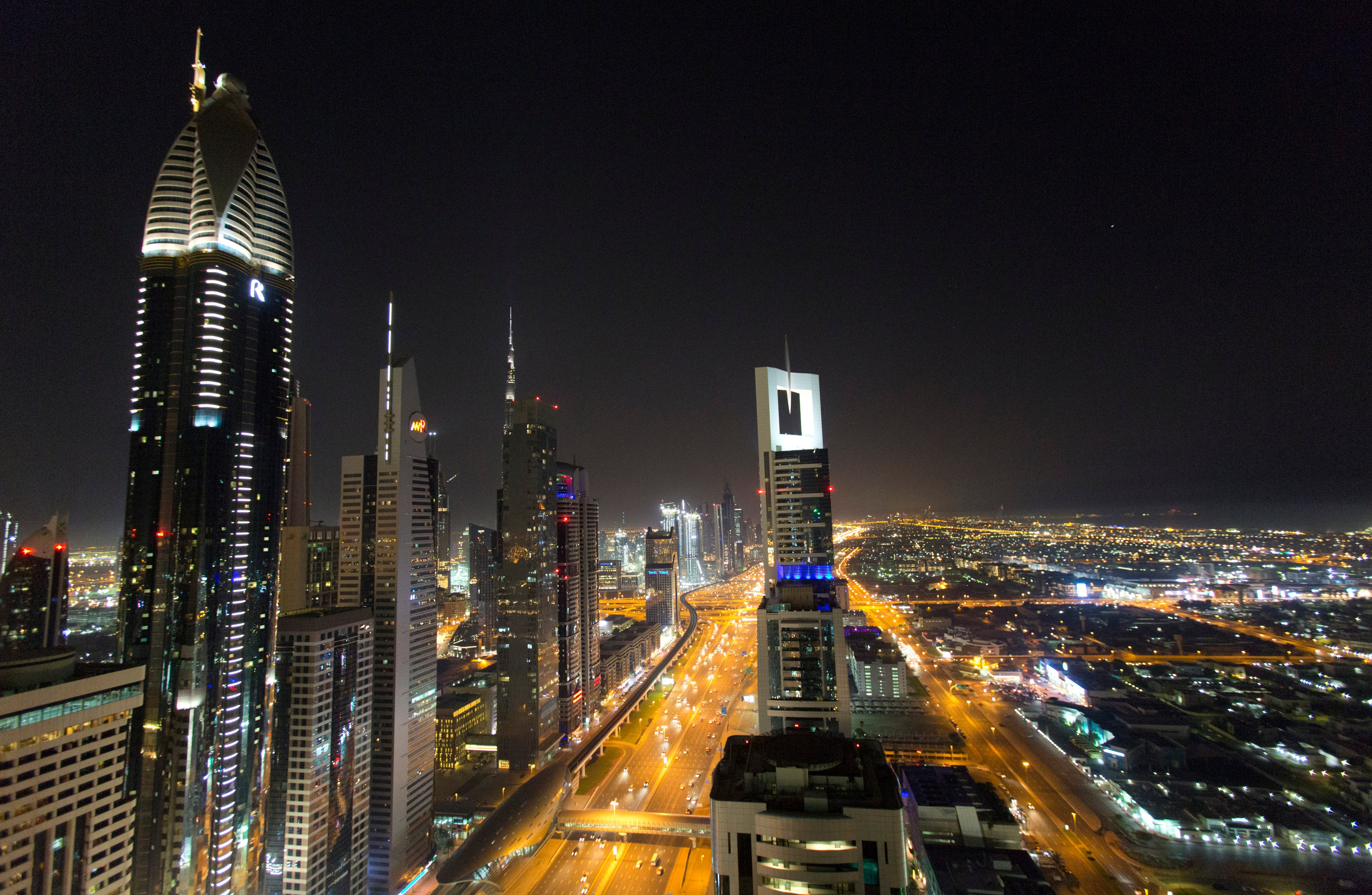 Dubai Police Arrest Group of Women for Nude Photoshoot