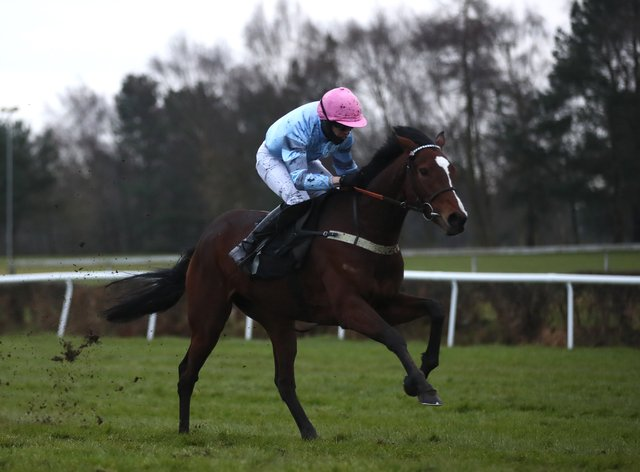 Eileendover is hot favourite for the Grade Two bumper at Aintree