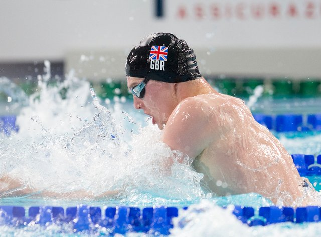 Duncan Scott roars to victory in the men's 200m freestyle