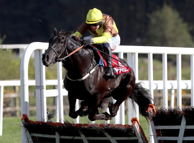Galopin Des Champs winning at Punchestown
