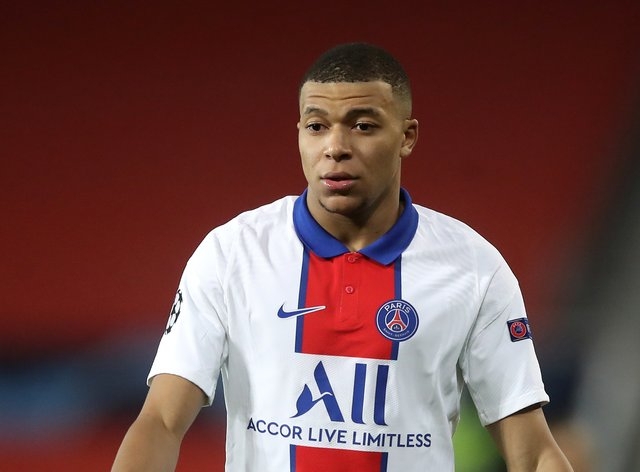 Paris St Germain face an anxious wait over Kylian Mbappe's fitness