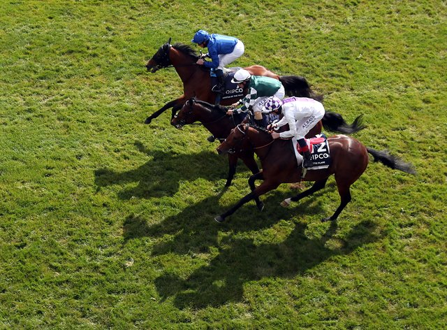Master Of The Seas (top) was touched off in the 2000 Guineas