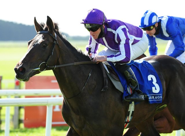 High Definition winning at the Curragh