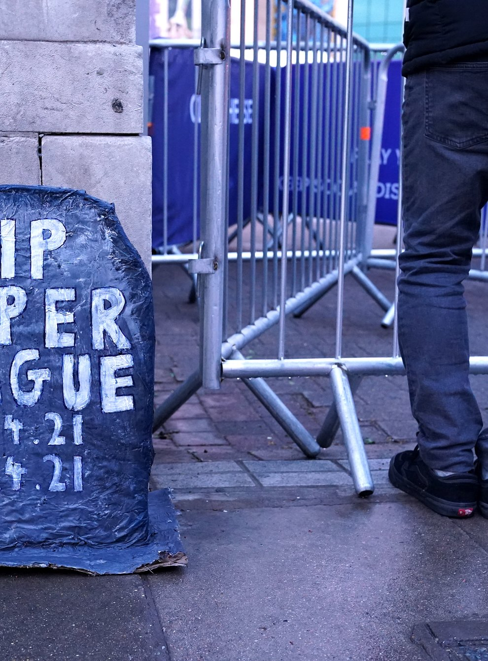 Chelsea fans place a grave headstone outside the ground which reads RIP Super League 18.4.21-20.4.21