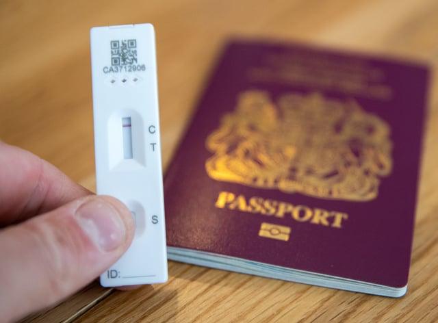 A coronavirus test and passport