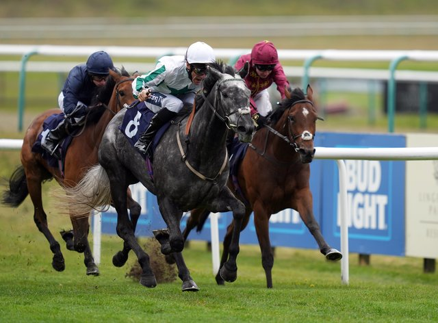 Sherbet Lemon (centre) claimed victory in the Novibet Oaks Trial at Lingfield