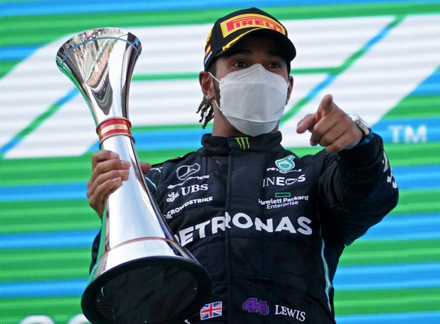Lewis Hamilton wants his future resolved by the summer