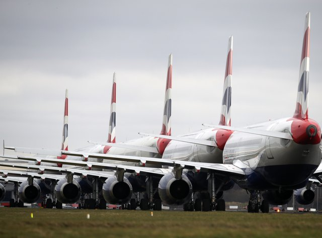 Planes on the tarmac at Glasgow Airport