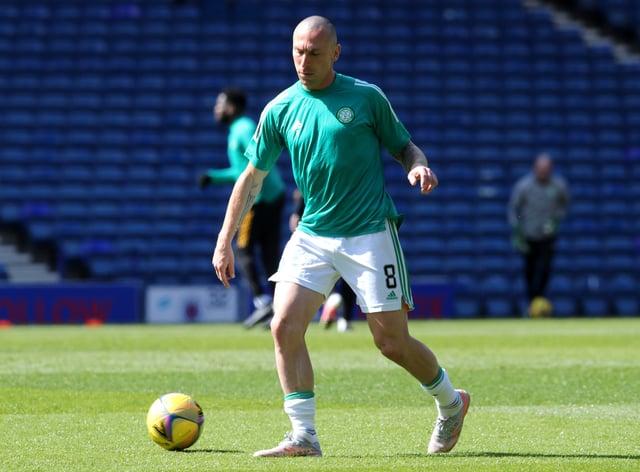 Scott Brown warming up for Celtic