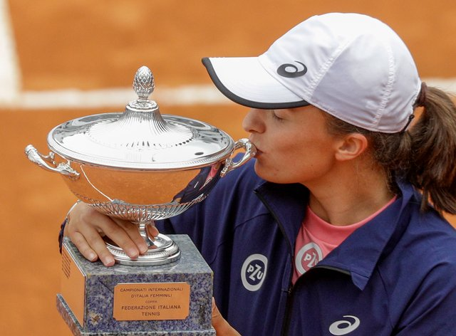 Poland's Iga Swiatek dropped only 13 points on her way to victory in the Italian Open final