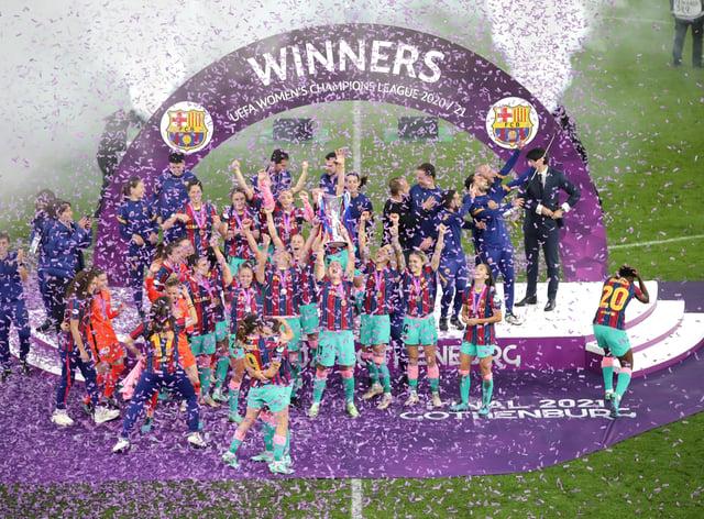 Barcelona celebrate winning the Women's Champions League