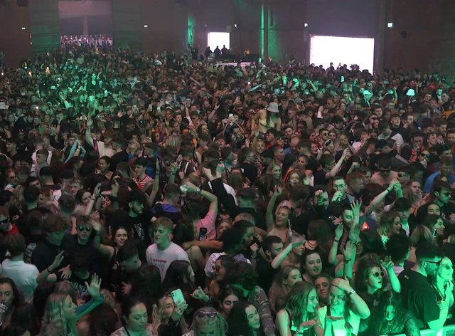 <p>Nightclubs could reopen from next month</p>