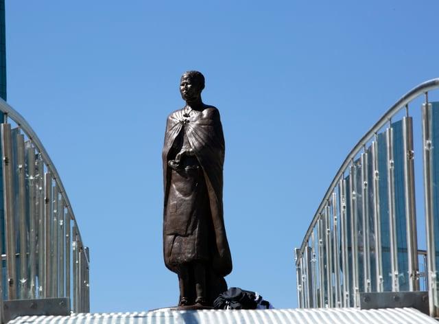 A statue of Nehanda Charwe Nyakasikana is seen on the streets of Harare (Tsvangirayi Mukwhazi/AP)