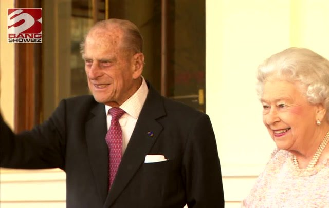 <p>The royal family posted messages to fathers everywhere and to those who may be missing their dads</p>