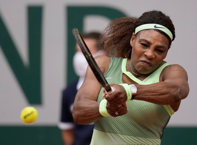 Serena Williams powered her way into the fourth round
