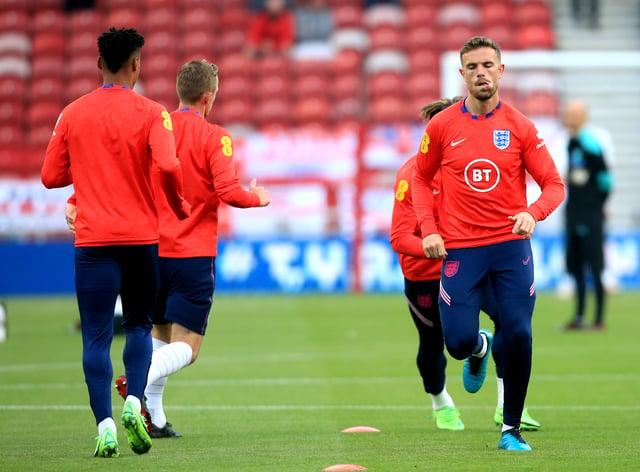 Jordan Henderson training with England