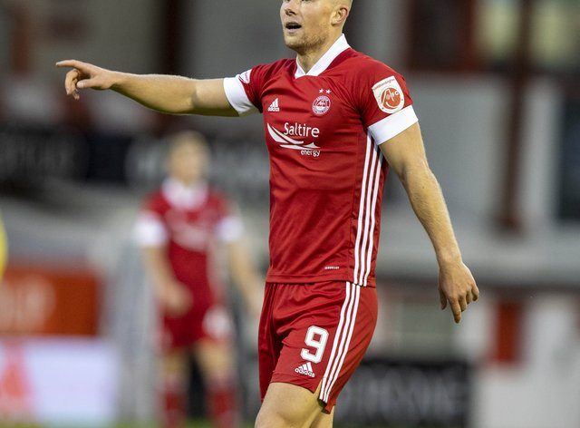 Curtis Main in action for Aberdeen