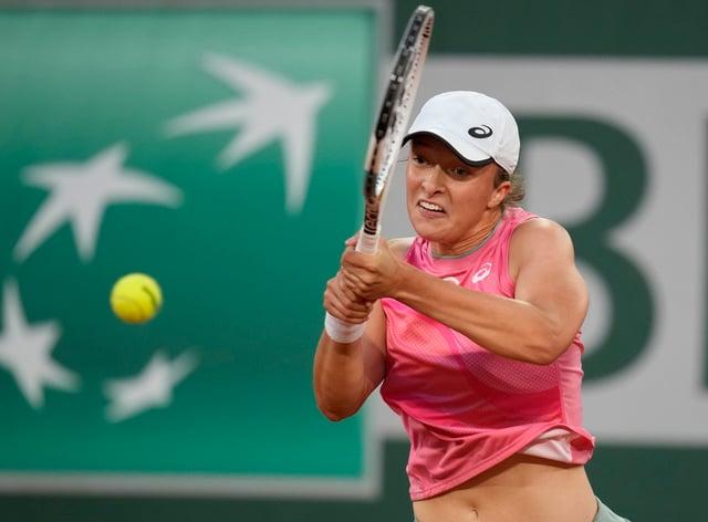 Iga Swiatek defeated Marta Kostyuk in the fourth round