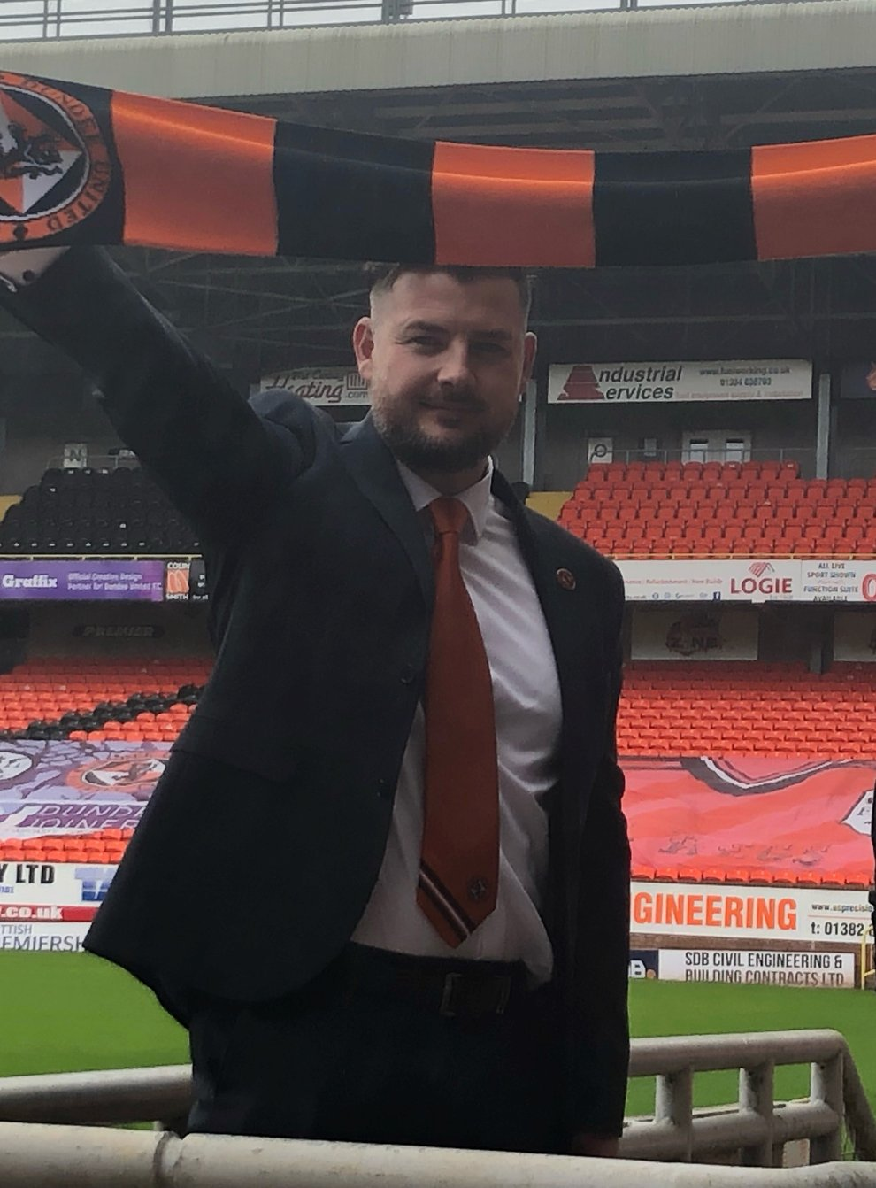 New Dundee United boss Tam Courts (left) and sporting director Tony Asghar