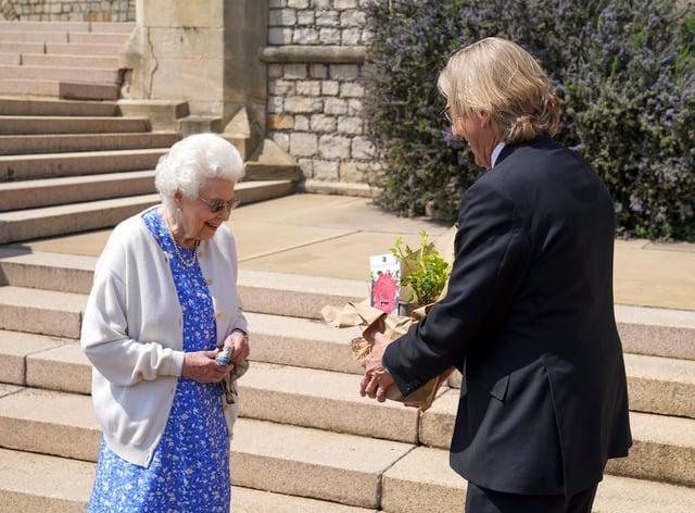 The Queen receives Duke of Edinburgh Rose