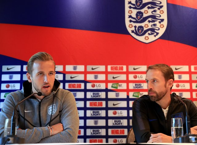 Harry Kane (left) and Gareth Southgate in a media conference