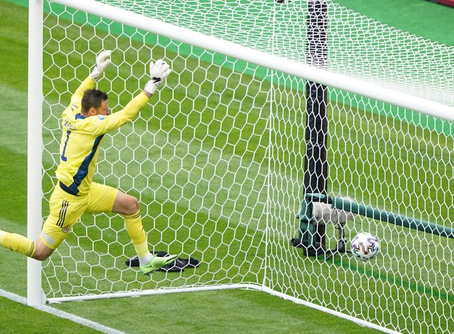 <p>David Marshall, pictured, was unable to keep out Patrik Schick's brilliant second goal</p>