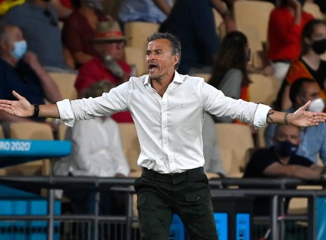 Spain manager Luis Enrique gestures